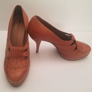 Schuler and Sons Katy pumps